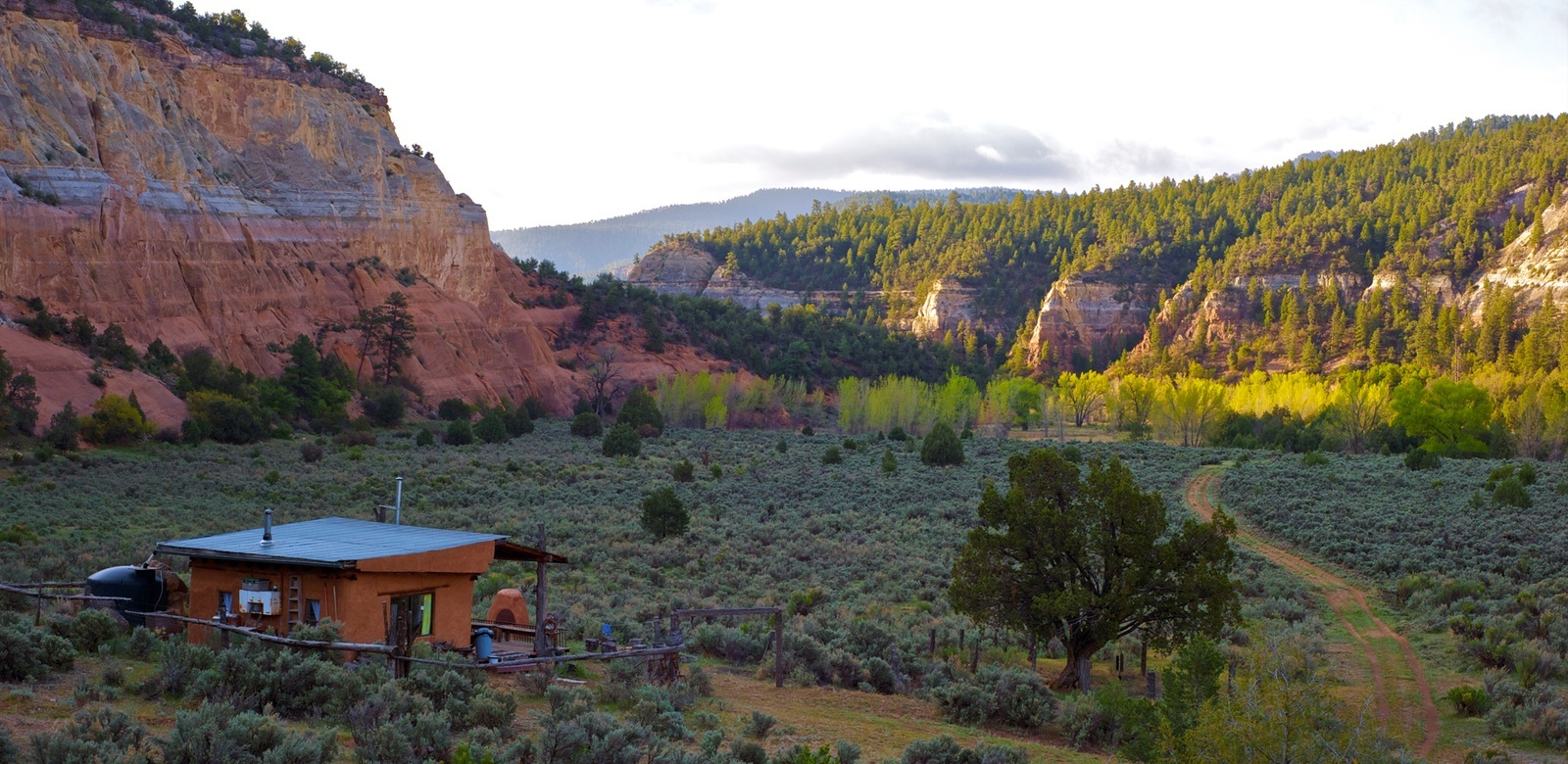 Off The Grid Vacation Rentals Book Off Grid Back Country